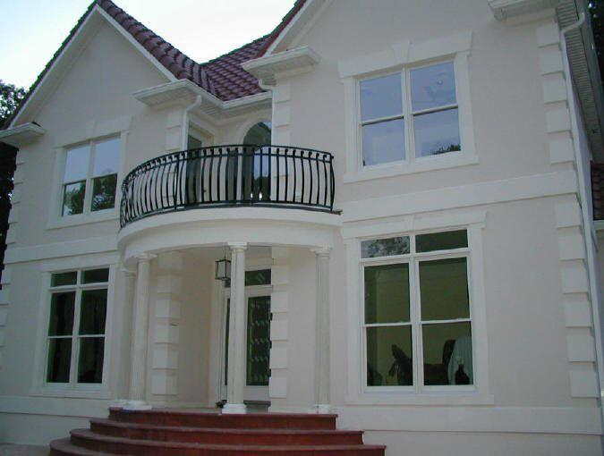 Cast Balcony